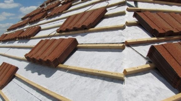 Underlayment works in high temperatures