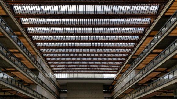 PV glass emits daylight