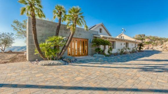 Residence conserves energy