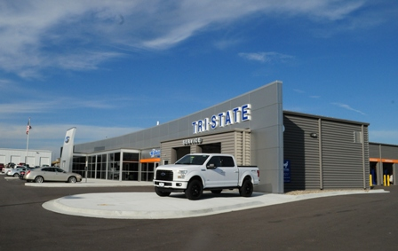 Creal Clark and Seifert Architects/Engineers Inc. specified a variety of metal building products for Tri-State Ford in Maryville, Mo.